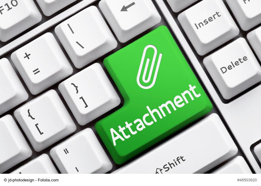 Attachment anbringen