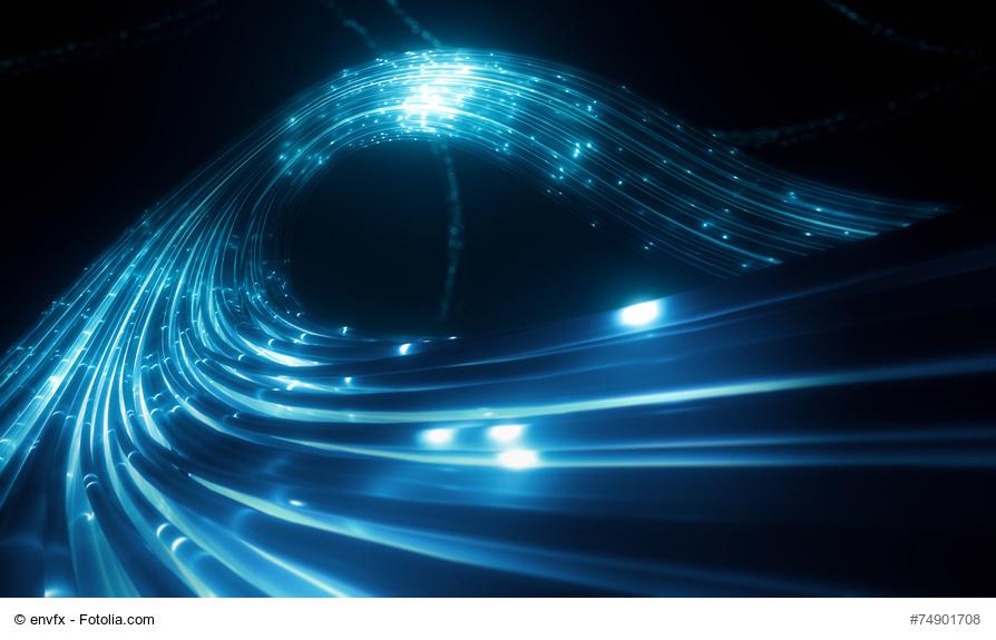 Fotolia-Bild: Blaue leuchtende Kabel